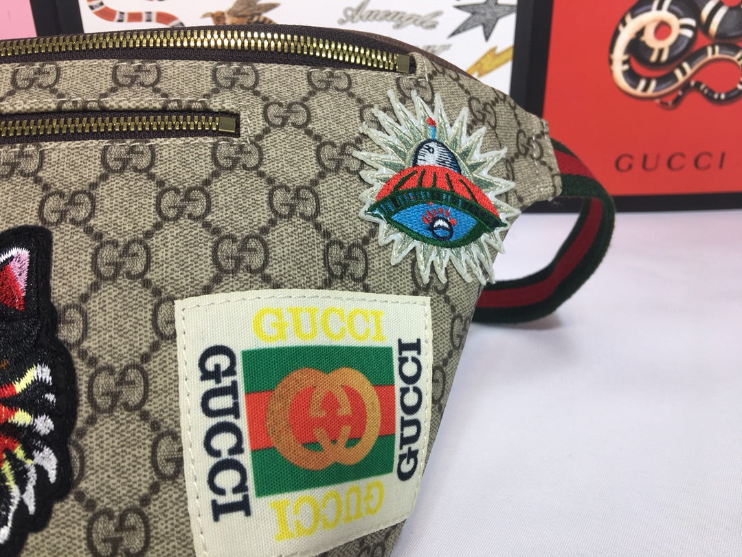 54bc64b48329 ... Load image into Gallery viewer, Gucci courrier GG Supreme Belt Bag -  LUXURYDESIGNERS ...