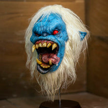Load image into Gallery viewer, Yeti Head