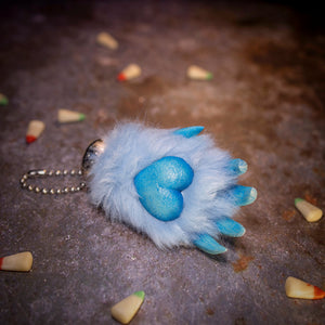 Scare Bear Paw - Baby Blue