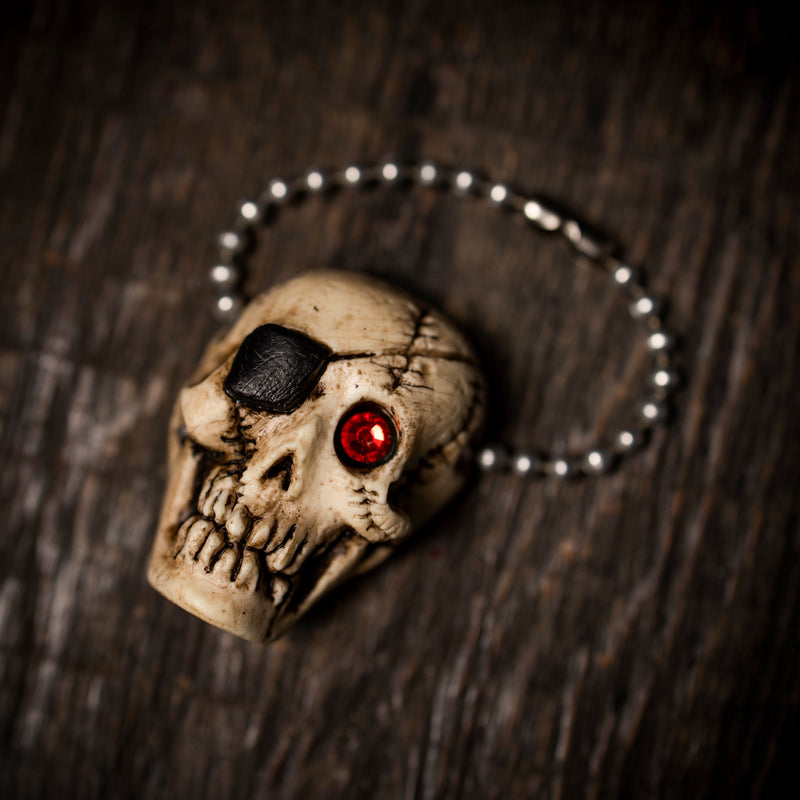 Retro Glowing Pirate Skull Keychain