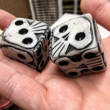 Load image into Gallery viewer, Oogie Boogie Dice - Glowy White