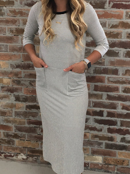 Striped Dress with front Pockets