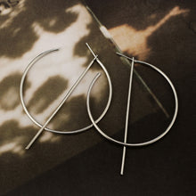 Load image into Gallery viewer, Drop hoop earrings in silver