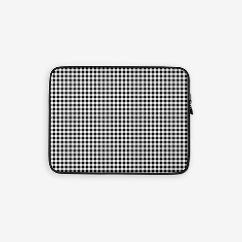 Laptop sleeve in gingham print