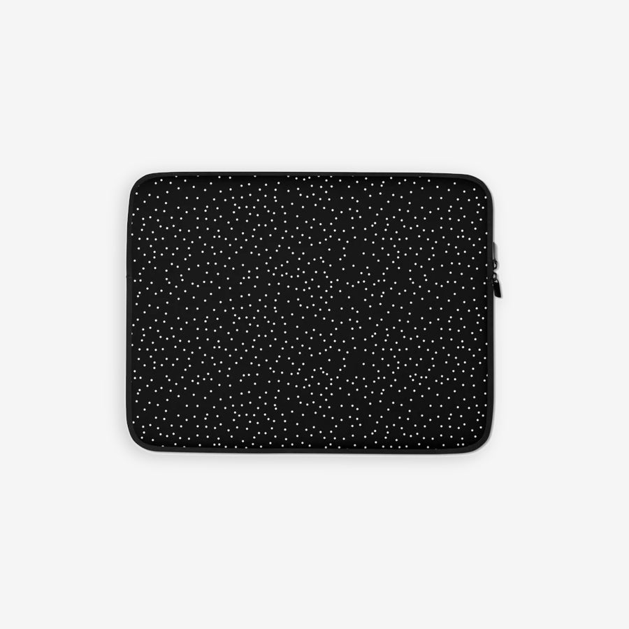 Laptop sleeve in dots print