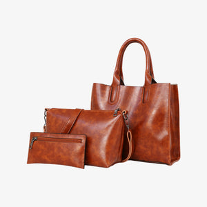 Handbag set in brown