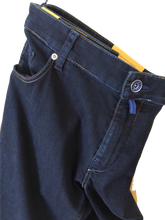 Load image into Gallery viewer, Meyer M5 Slim Jeans