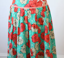 Load image into Gallery viewer, Orientique Mallorca Reversible Skirt