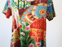 Load image into Gallery viewer, Orientique Contemporary Jaipur T Shirt