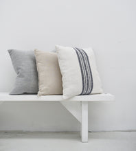 Payne Linen Cushion | White & Navy | 50 x 50 cm