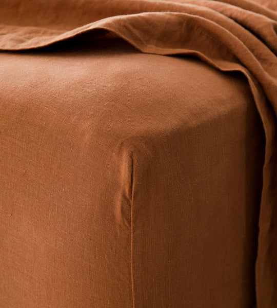 Cultiver | Linen Fitted Sheet | Cedar