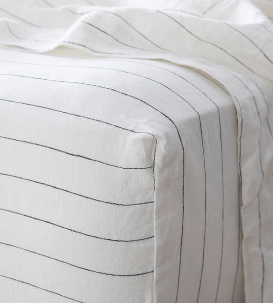 Cultiver | Linen Fitted Sheet | Pencil Stripe