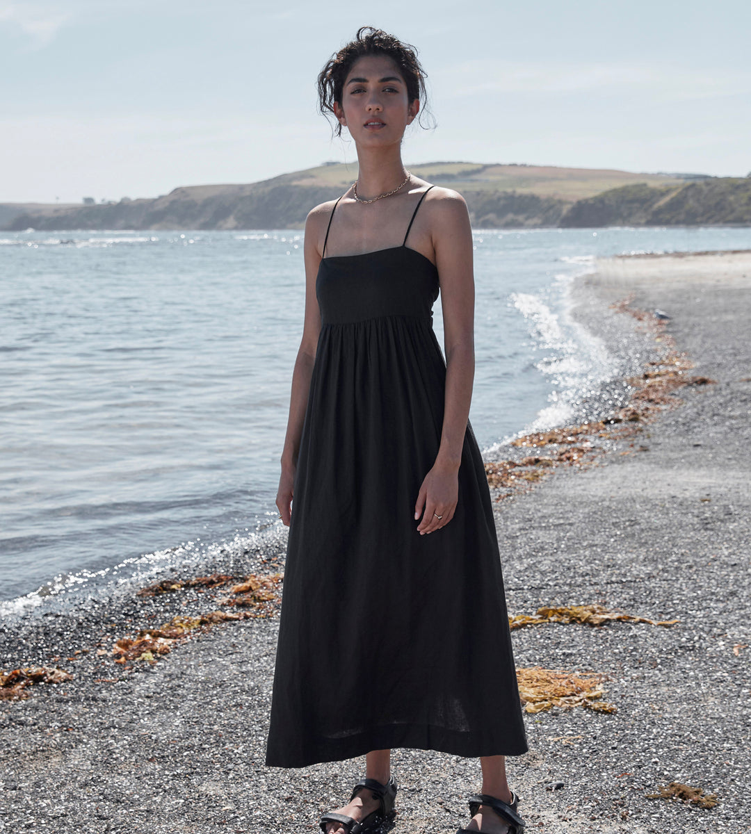 Elka Collective | Aura Dress | Black