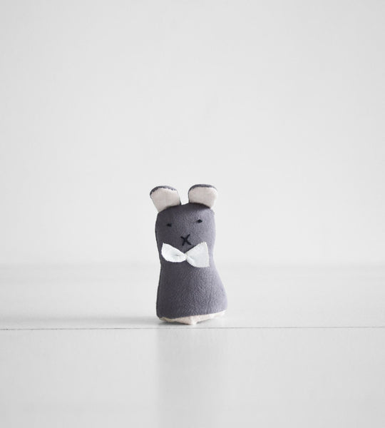 Finger Puppet | Grey Bunny