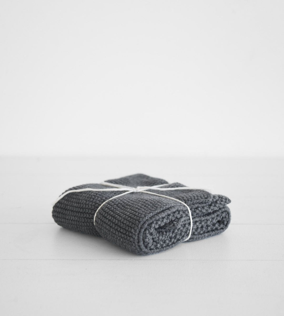 Knitted Hand Towel | Charcoal