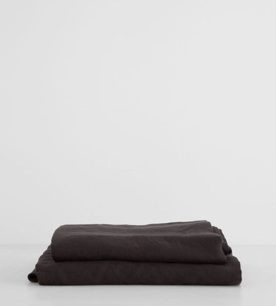 Father Rabbit | Linen Sheet Set | Charcoal