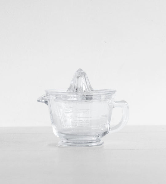 Glass Measuring Jug & Juicer