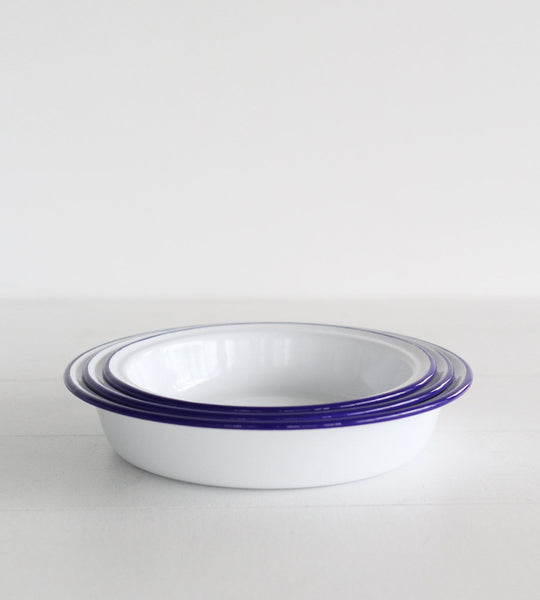 Traditional Enamel | Round Pie Dish