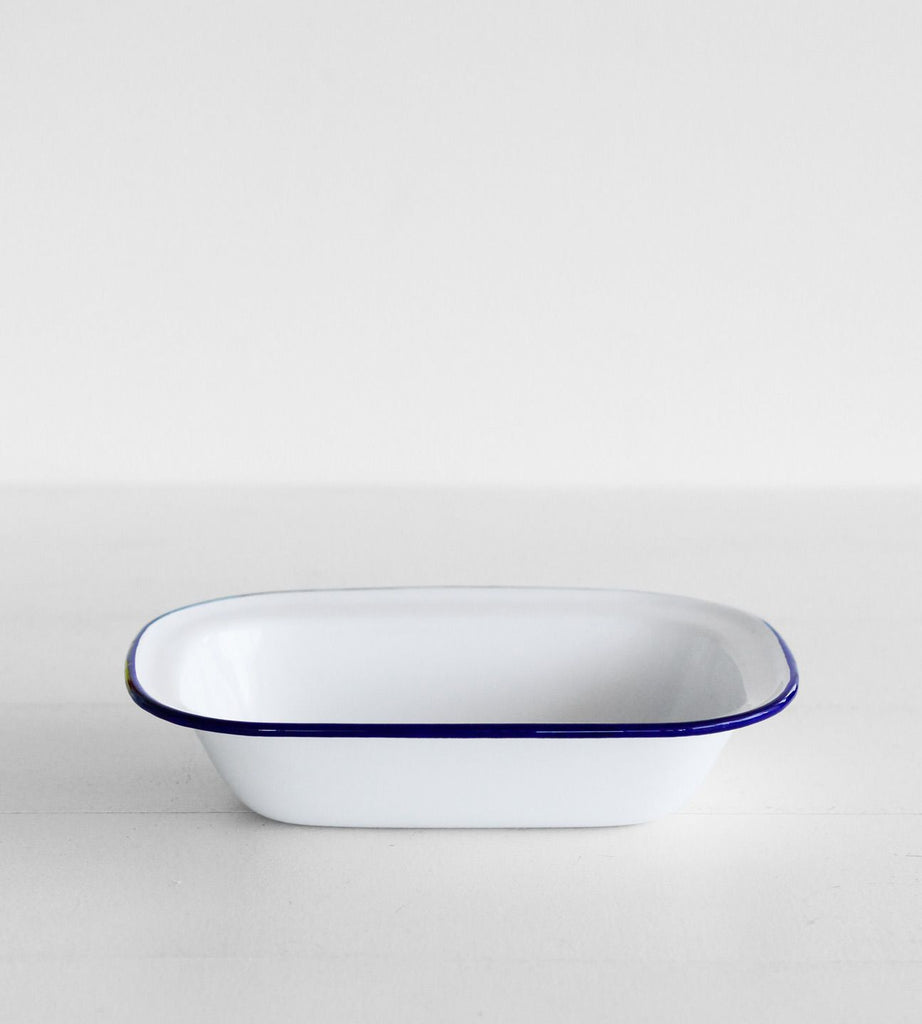 Traditional Enamel | Oblong Pie Dish