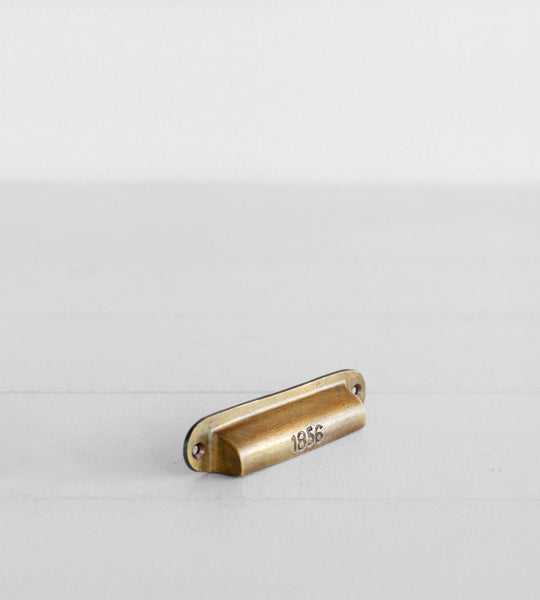 The Society Inc. | Curio Drawer Pull | Brass
