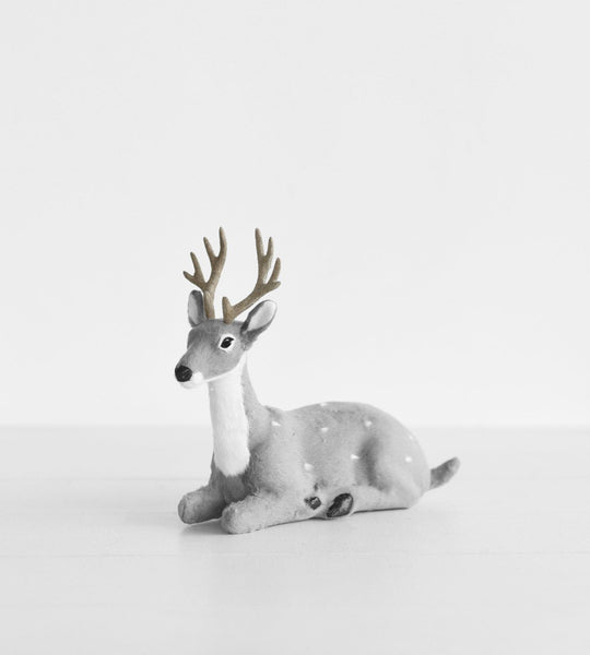 Christmas Decoration | Sitting Reindeer | Grey