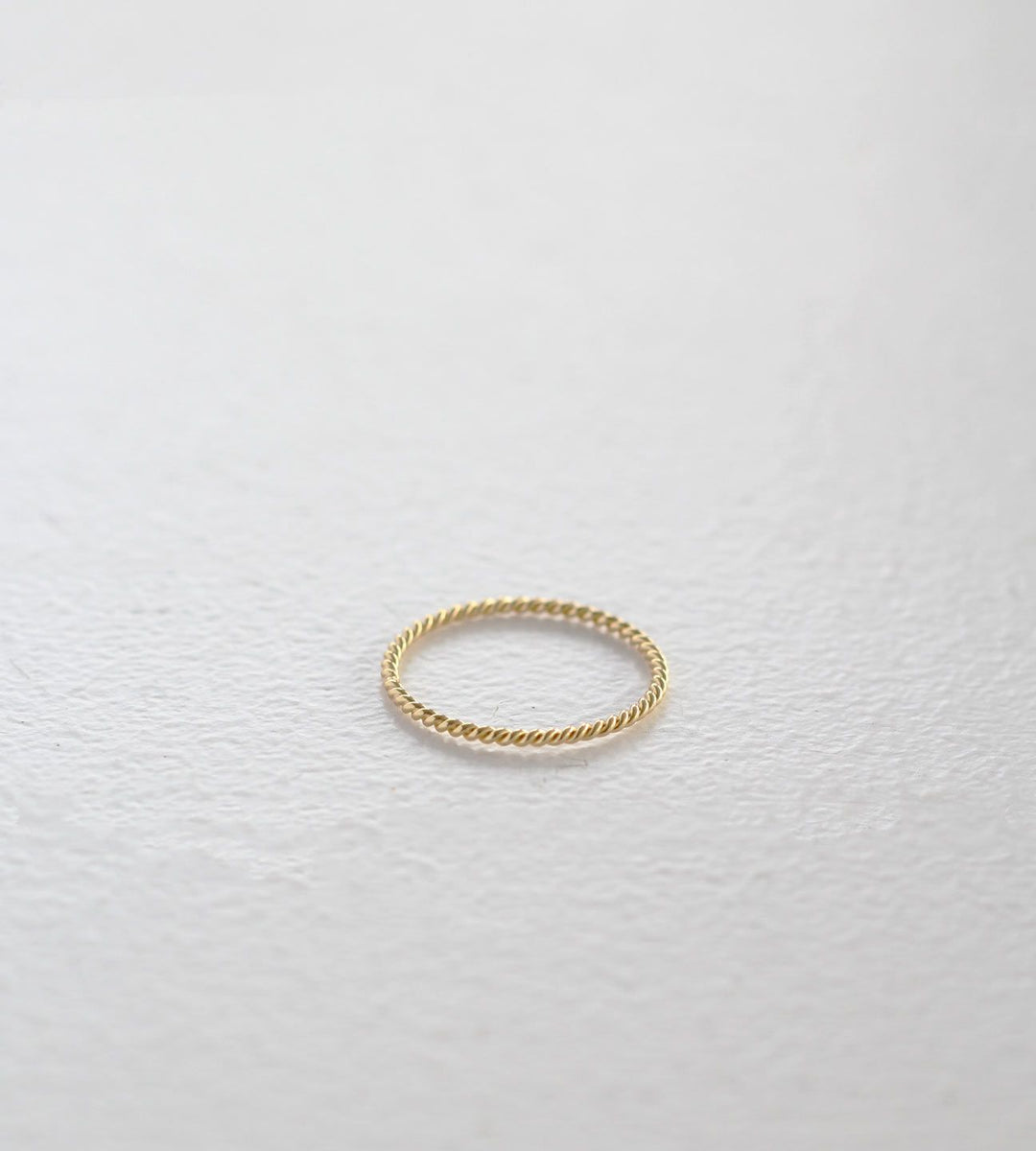 Sophie | Twist Band | Gold