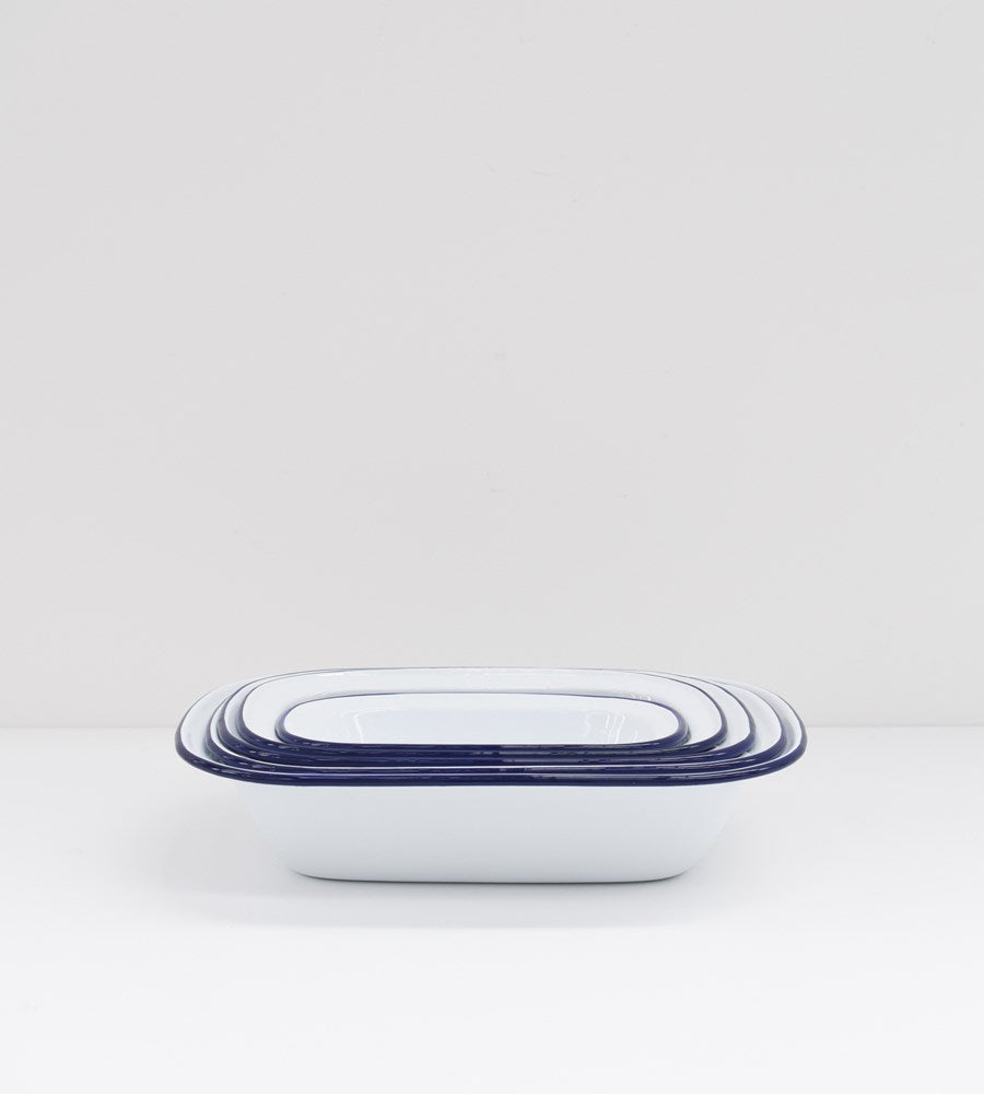 Traditional Enamel | Oblong Pie Dishes | Set of 5