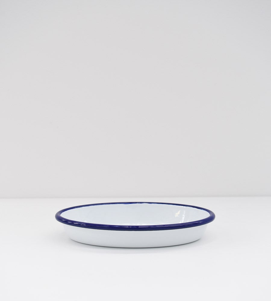 Traditional Enamel | Oval Pie Dish