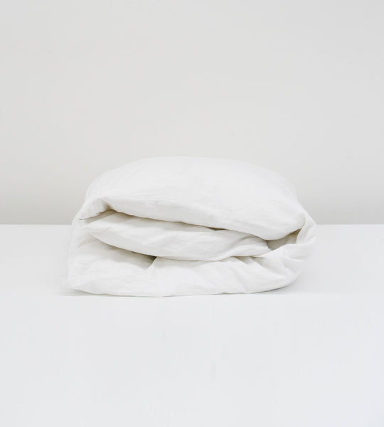 Father Rabbit | Linen Duvet Cover | White