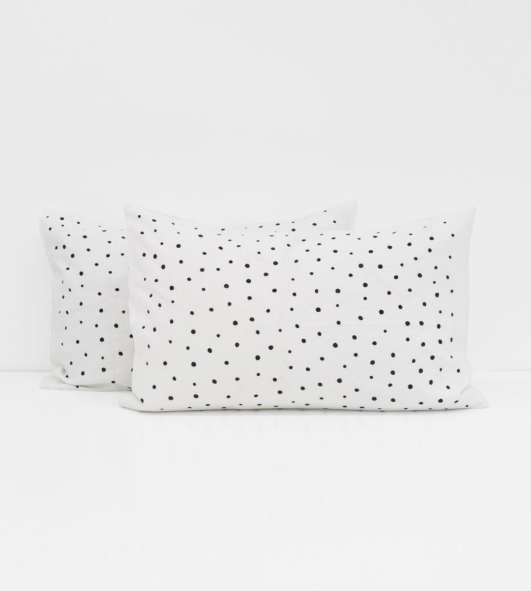 Father Rabbit | Linen Standard Pillowcase Pair | White | Salt