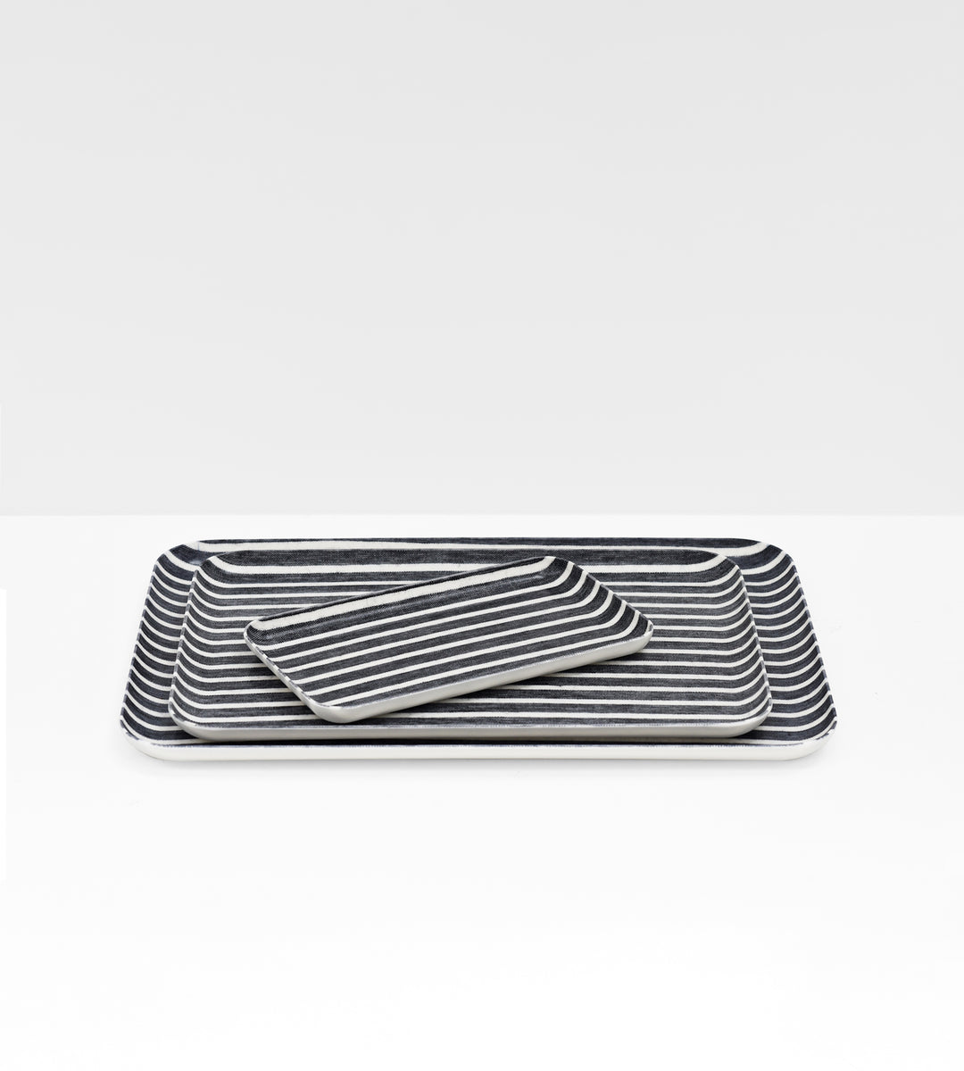 Fog Linen Tray | Jack Stripe | White & Dark Navy Stripe
