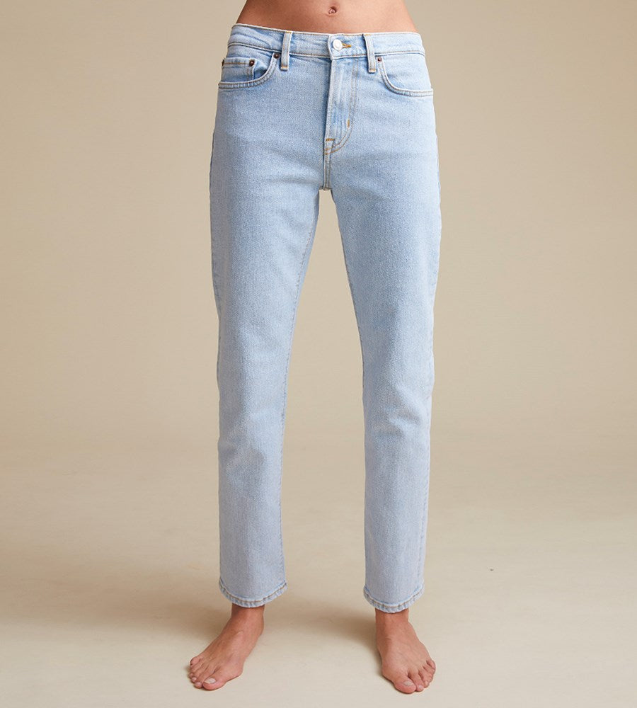 Jeanerica | Women's Classic 5-Pocket Jeans | Super Light Vintage