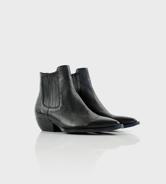 La Tribe | Dylan Boot | Pebbled Black