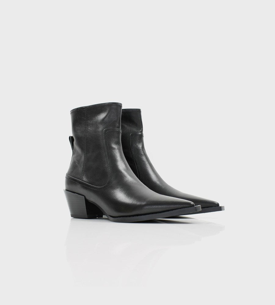 La Tribe | Ivy Boot | Pebbled Black