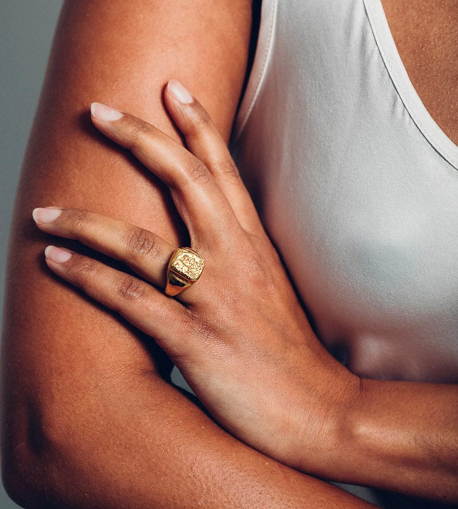 Released From Love | Classic Signet Ring 001 | Gold Vermeil