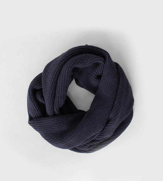 Sophie | Knitty Scarf | Navy