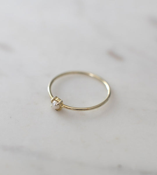 Sophie | Mini Pearl Ring | Gold