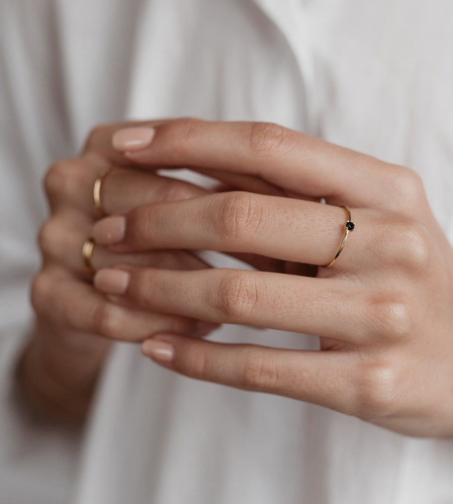 Sophie | Mini Rock Ring Black | Gold