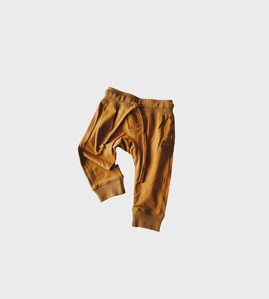 Susukoshi | Organic Jogger | Antique Brass