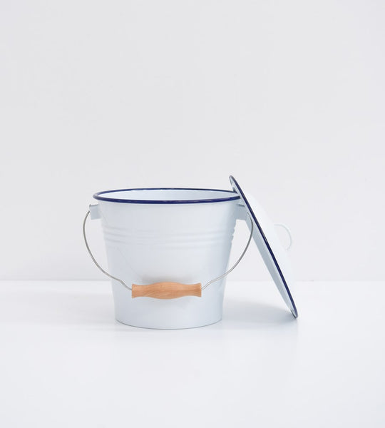 Traditional Enamel | Bucket with Lid