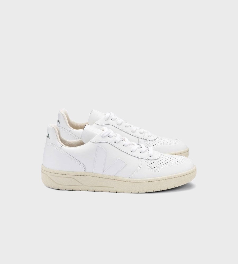 Veja | V10 Leather Sneaker | Extra White