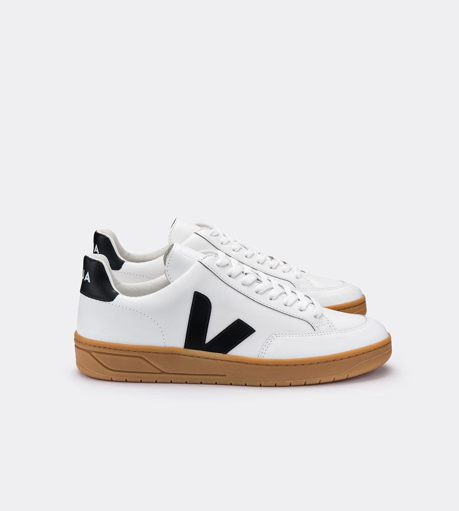 Veja | V12 Leather Sneaker | Extra White Black | Natural Sole