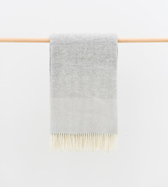Piha Throw | Coal