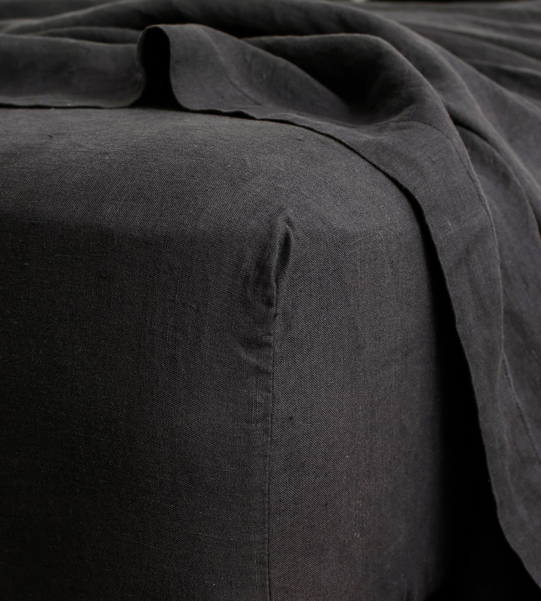 Cultiver | Linen Fitted Sheet | Black