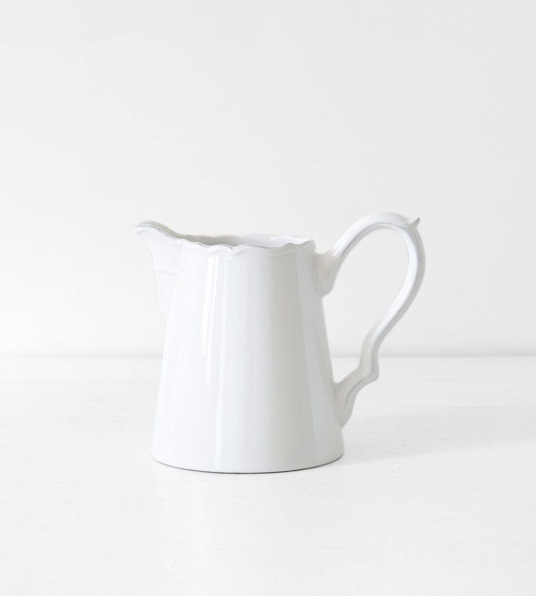 Elise Pitcher | White