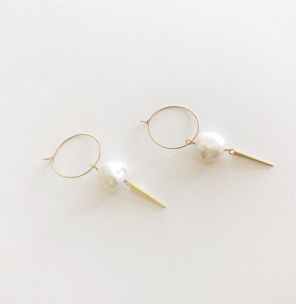 May Martin - Thin Pearl w/ Spike Hoops