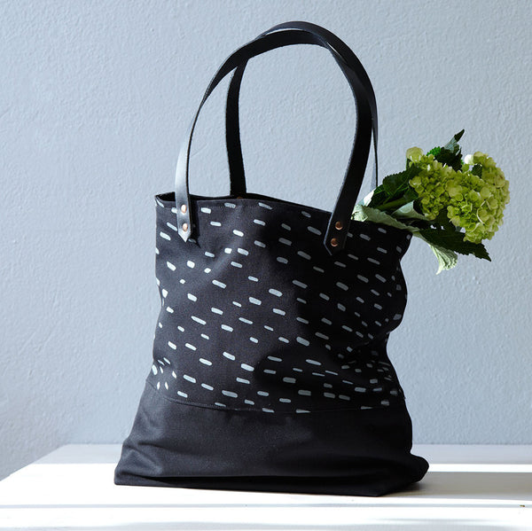 Sideways Rain Two Tone Tote - Black