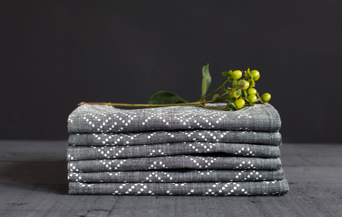 products/dots-napkin-stack.jpg