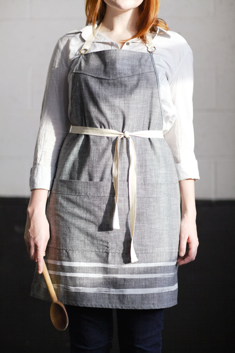 products/gray-apron.jpg