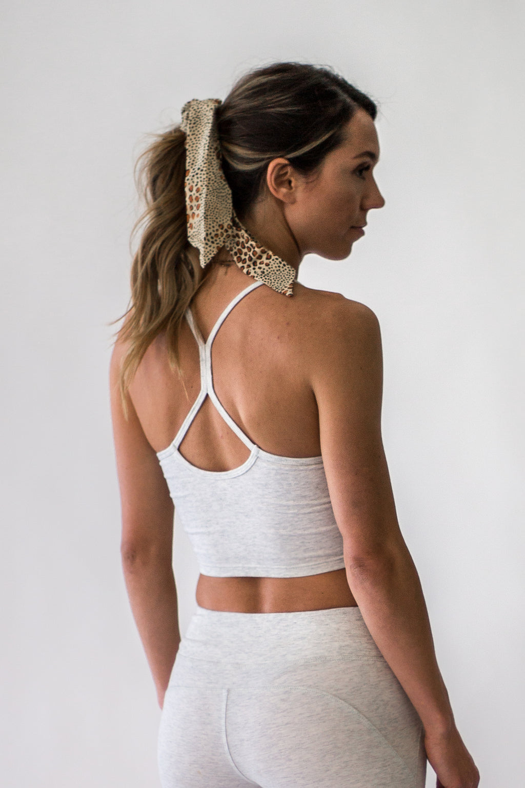 Weekend Getaway Cropped Tank - Appelov